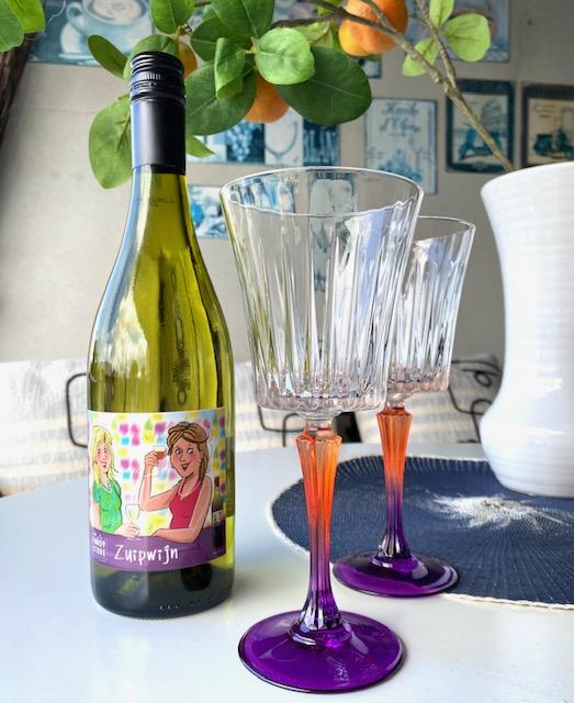 Gekleurde wijnglazen