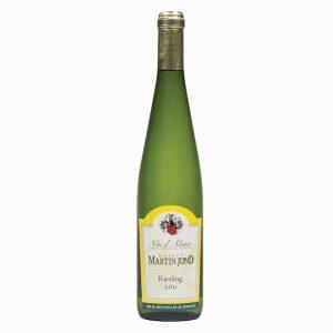 Met recht een klassieke Riesling uit de Alsace met het kenmerkende gout de petrole.